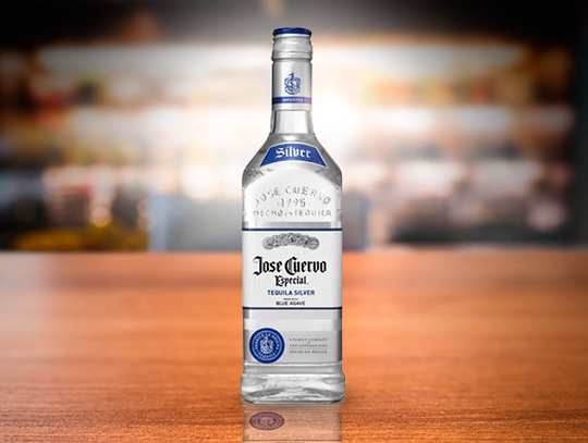 TEQUILA CUERVO BLANCO 750 ML.